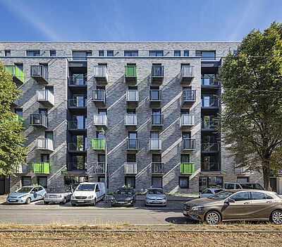 New construction of 111 micro apartments by Düsseldorf architect firm greeen! architects at Merziger Strasse in Düsseldorf